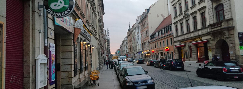 Die Dresdner Louisenstraße in dem Szeneviertel Neustadt.